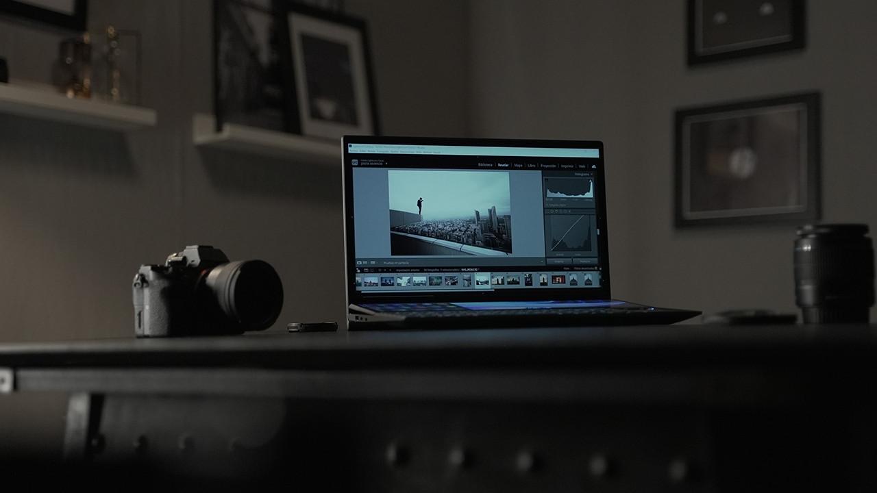 ASUS Zenbook Duo UX482, la laptop del futuro ahora en México