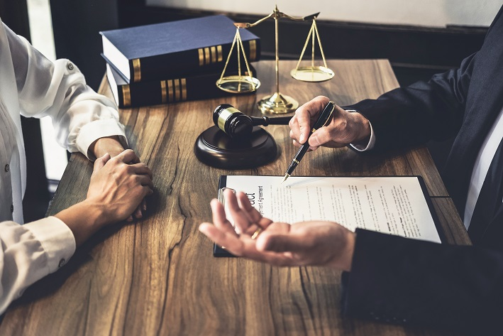 Cuando fallece el prestamista ¿cómo se heredan sus inversiones?